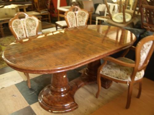 Itališkas pietų stalas